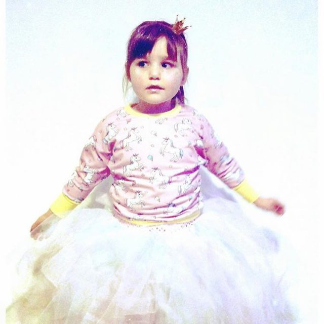 Such a cute little princess with an adorable juliasweater! Byhellip