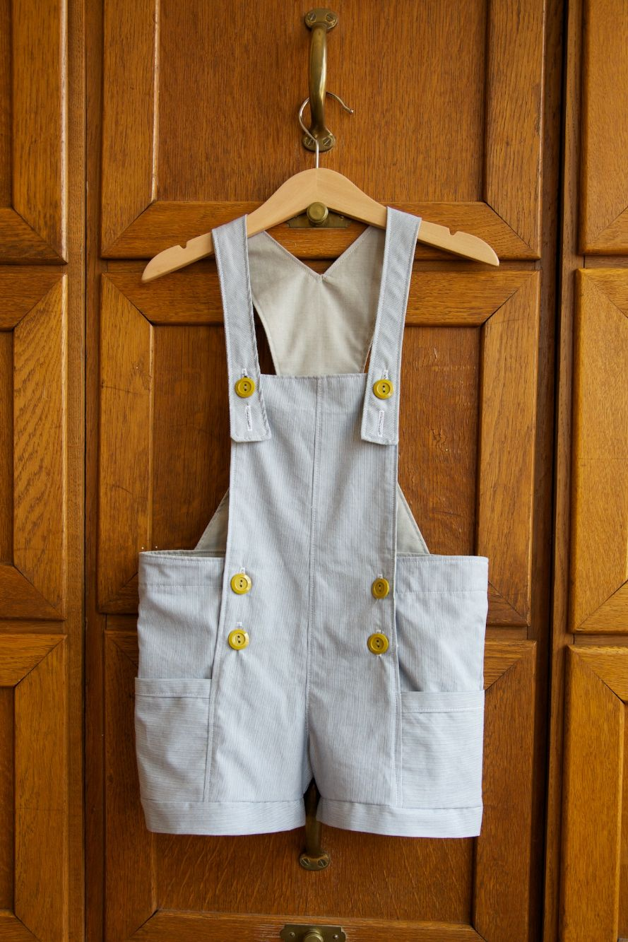 Compagnie-M_bubble_pocket_shorts_elegance_elephants_dungaree_1