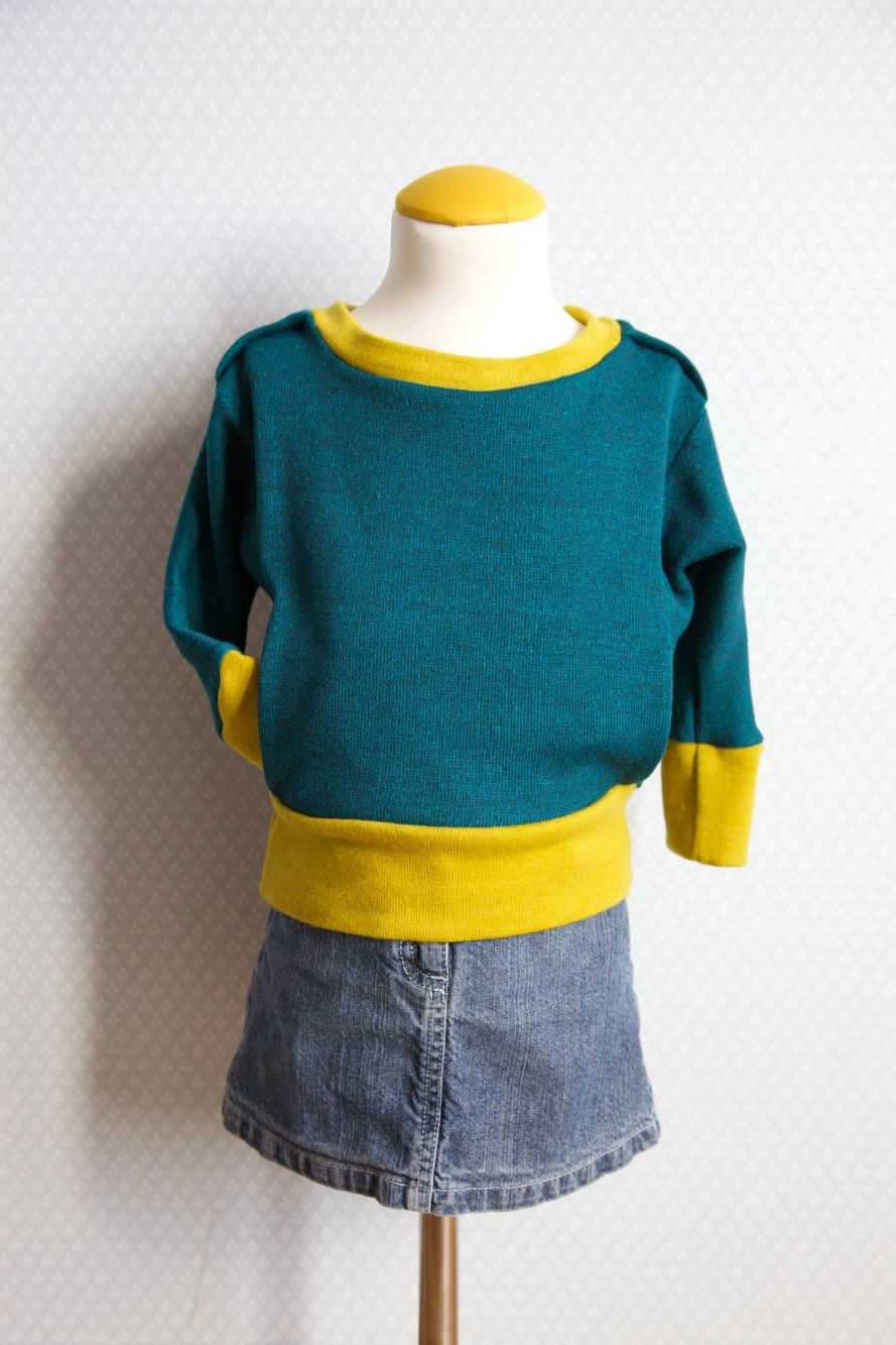 Compagnie-M_sweater_dolman_sleeves_pockets_1