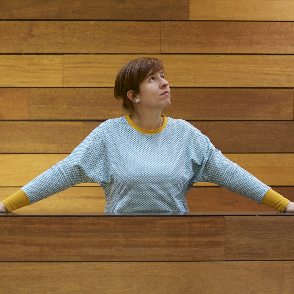 The Julia sweater pattern for teens and women by Compagnie M.