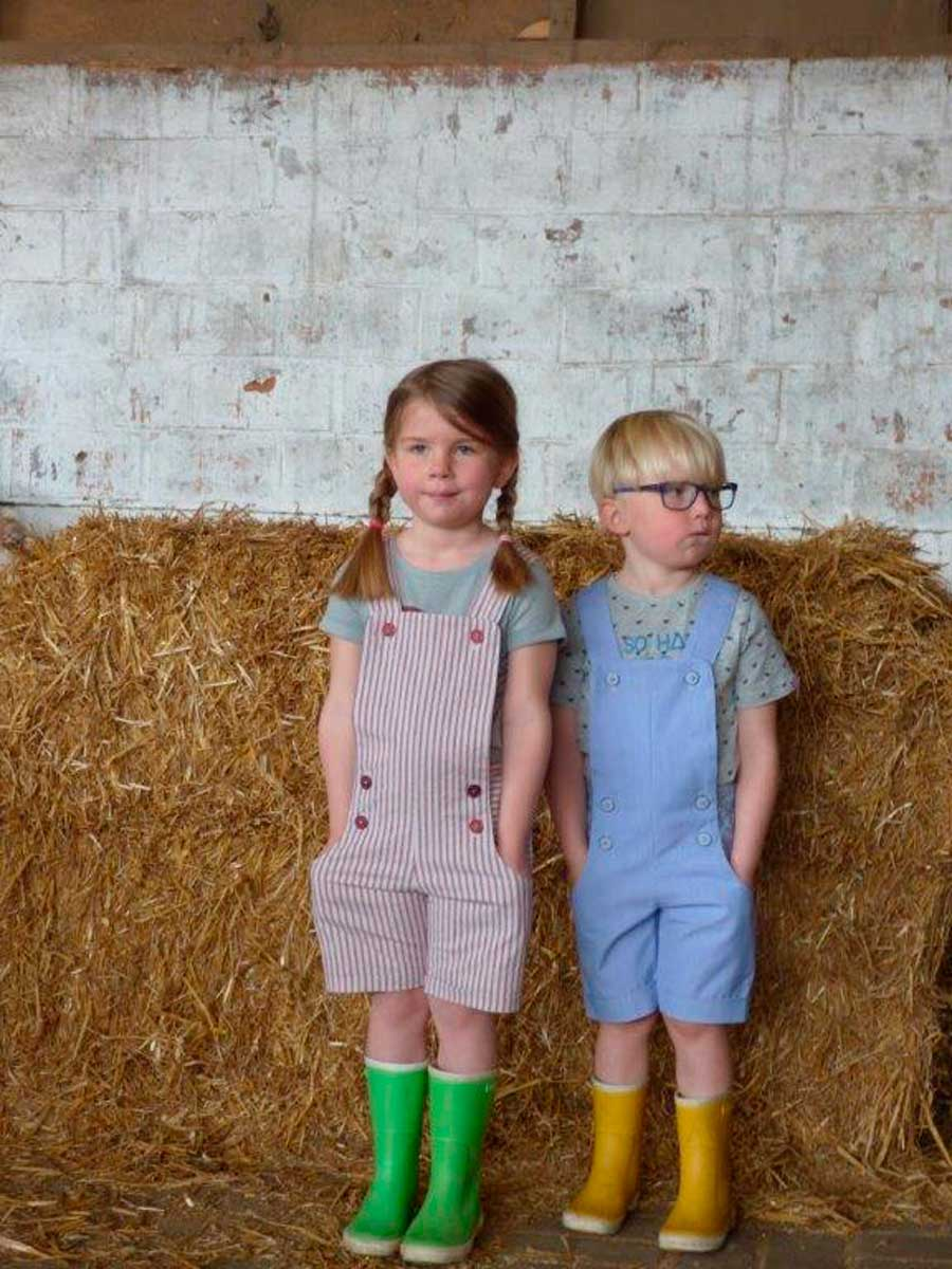 In DUNGAREES !