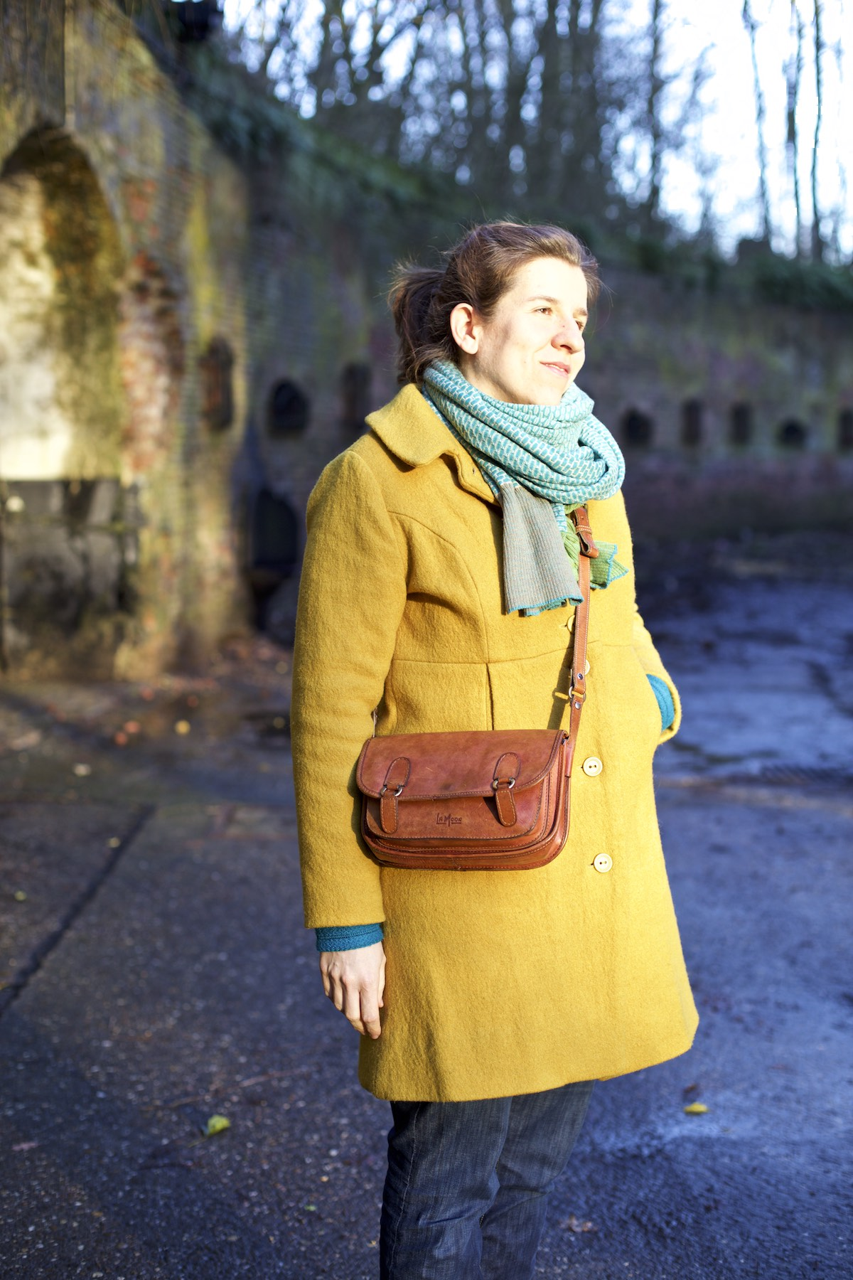 Compagnie-M_yellow_coat 1