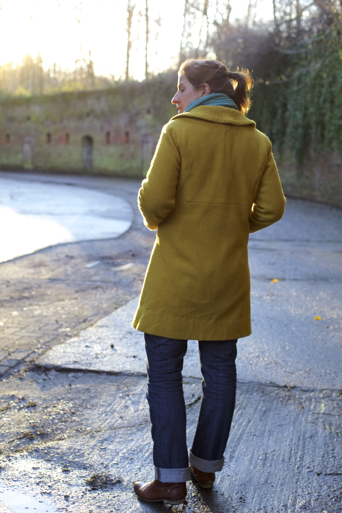 Compagnie-M_yellow_coat 12